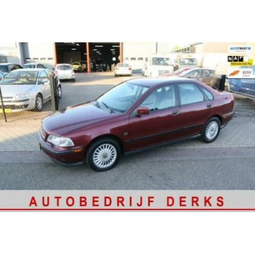 Volvo S40 1.8 Comfort Automaat Airco 5drs APK