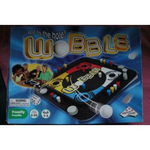 BORDSPEL WOBBLE ROLL THE HOLE ! VOOR 2 tot4spelers 3.95euro