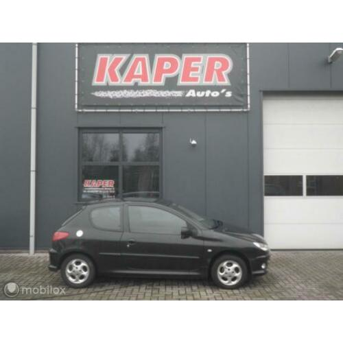 Peugeot 206 1.4 HDi One-line apk airco bj 2006