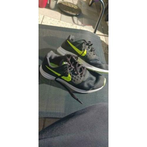 Nike sneakers Downshifter 7 maat 38.5